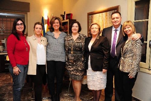 Acto_Dia_Mujer_Carmen_Piera_familia