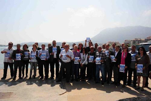 Xarxa_Alcaldes_firma_declaracion_contra_sondeos-I