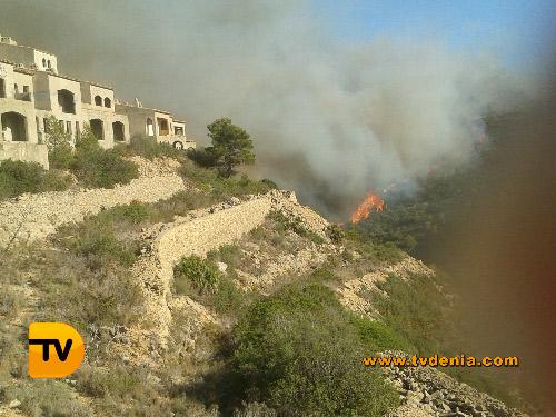 fotos-dia-12-incendio-tvdenia