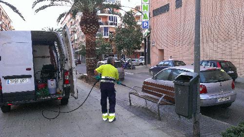 Limpieza_calles_intensiva_banco_Saladar_trabajos_02