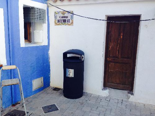 Limpieza_calles_intensiva_papelera_nueva