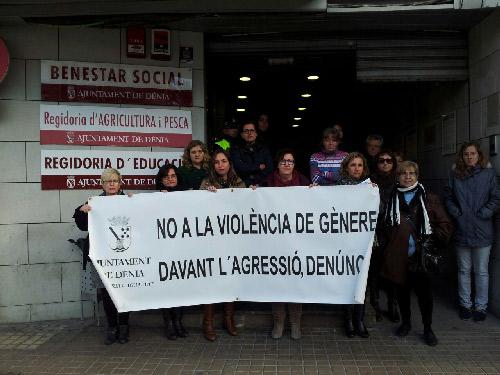 Minuto_silencio_Servicios_Sociales