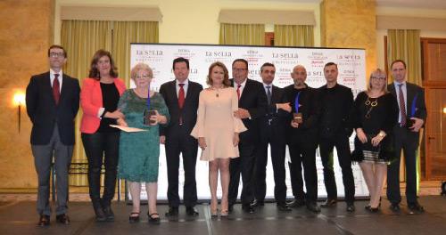 15-Gala-Entrega-Premios-CEDMA-Ganadores-y-autoridades-564x376