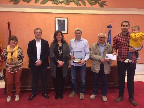 Premio_tapones_solidarios_fallas