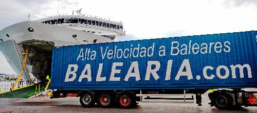 balearia-servicio-de-carga