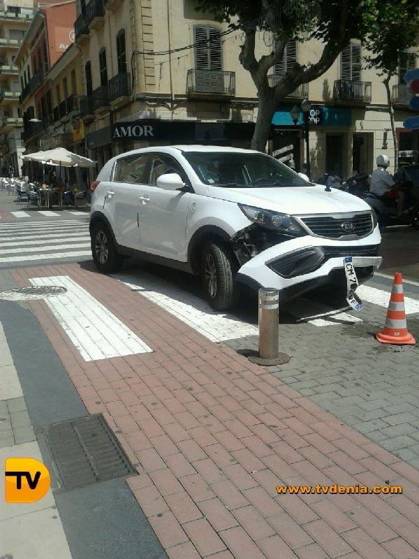 Accidente-coche-calle-diana-2