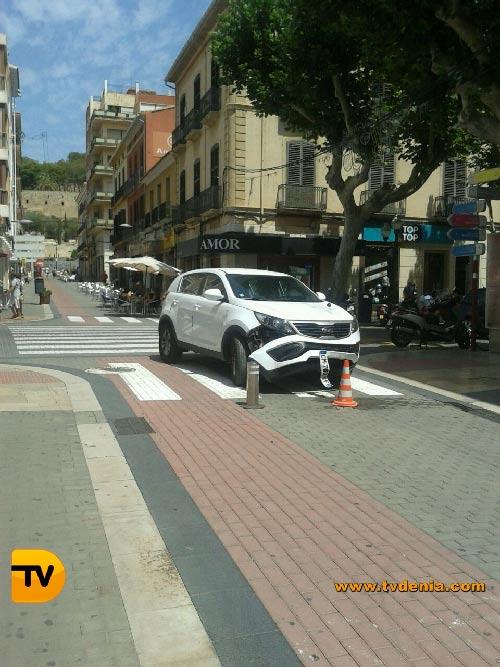 Accidente-coche-calle-diana-3