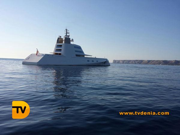 yate-submarino-ruso1