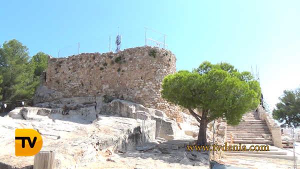 castillo denia escalera 5
