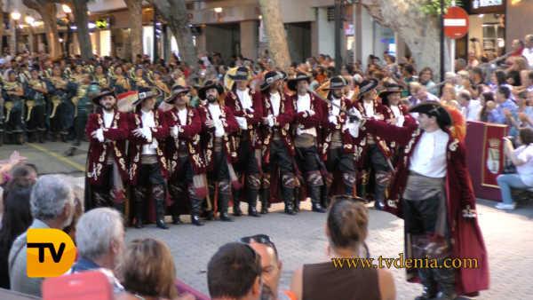 desfile gala Moros y Cristianos 18