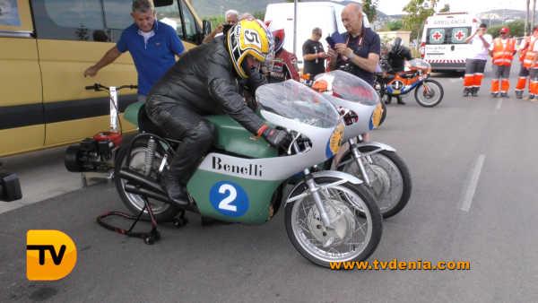 classics-racing-revival-20