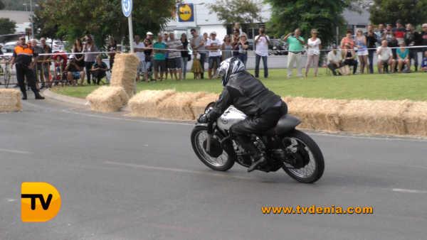 classics-racing-revival-25