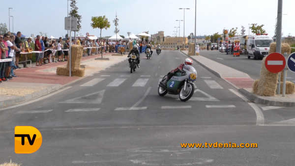 classics-racing-revival-26