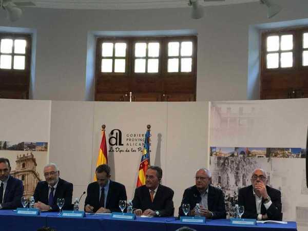 20161026_firma_adhesion_programa_municipios_estilo_vida_mediterraneo_01