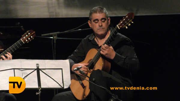 concierto-antiguos-alumnos-tenor-cortis-5