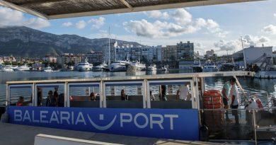 El barco solar 'La Panseta' de Baleària transportó en 2018 a 270.300 pasajeros
