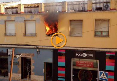 Incendio en una vivienda de la calle La Mar de Dénia