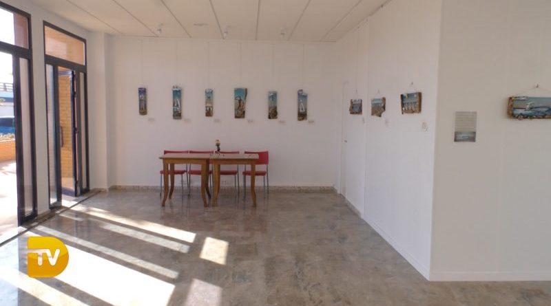 La galería de arte de Marina de Dénia acoge una exposición colectiva