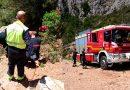 Los bomberos rescatan a una mujer de 50 años en la Sierra de Oltà