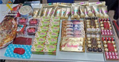La Guardia Civil investiga en Calpe a cuatro personas por el hurto de 500 euros en productos de supermercado
