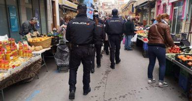 """La Policía Nacional de Dénia aumentará su presencia en las zonas de compras para garantizar un """"comercio seguro"""""""