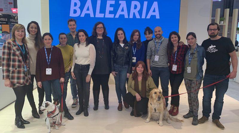 Baleària presenta en Fitur los nuevos camarotes 'pet friendly'