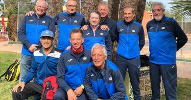 Los veteranos +60 del Club de Tenis Dénia logran el ascenso tras ganar en semifinales