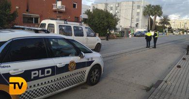 La Policía Local de Dénia intensifica el control del cumplimiento de las medidas COVID-19 vigentes de cara al fin de semana