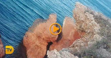 Peligroso desprendimiento en la costa de Les Rotes
