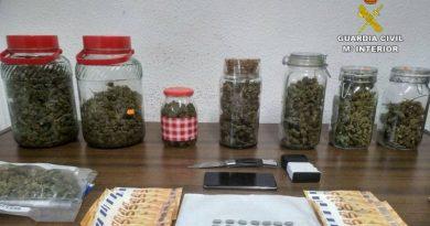 La Guardia Civil desarticula un punto de venta de drogas que abastecía a menores en Xaló