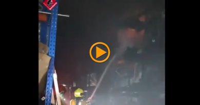 Sofocado sin incidentes un incendio en el Centro Comercial Portal de la Marina