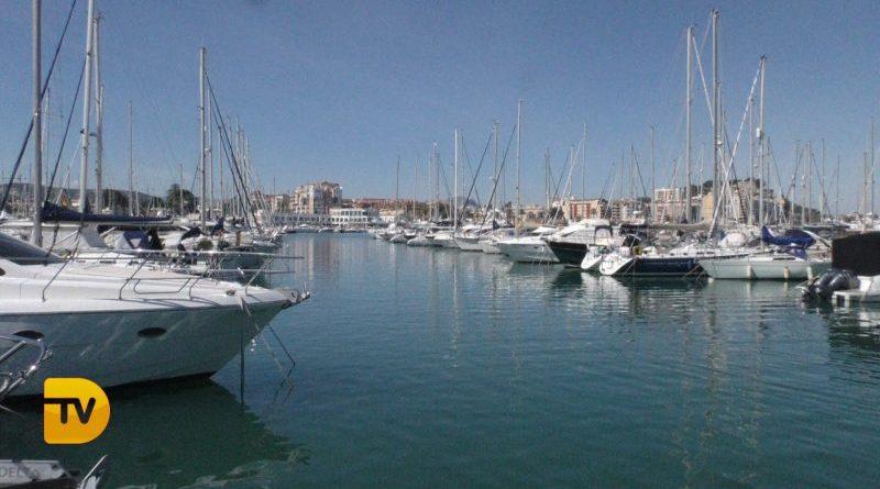 Marina de Dénia renueva su bandera de calidad azul