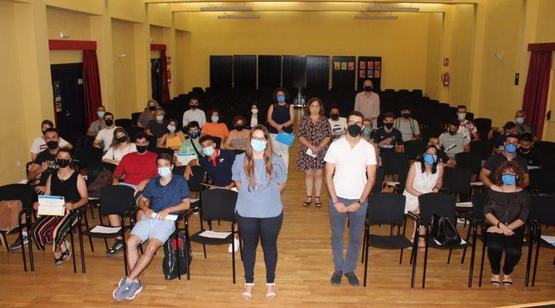 Entrega de certificados a los 25 alumnos que han completado los programas formativos de Creama Dénia del curso 2020-2021