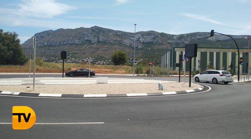 Finaliza las obras de tranviarización en Dénia con la apertura del cruce de la calle Metge Manuel Vallalta