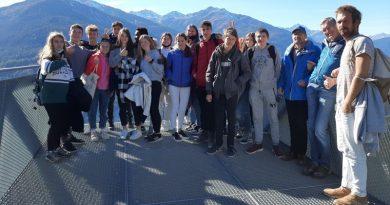 Diez alumnas y alumnos del IES Antoni Llidó de Xàbia de visita por Landeck en su proyecto Erasmus+